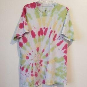 🎄Tie dye short sleeve tee Large
